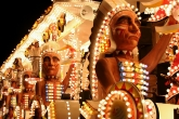 Vagabonds Carnival Club: Warparty. A huge float with giant red indian heads and dancers.